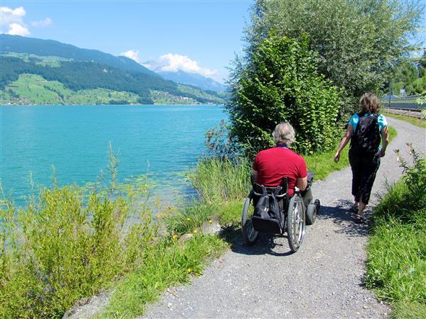 Hindernisfreie Wege in der Schweiz